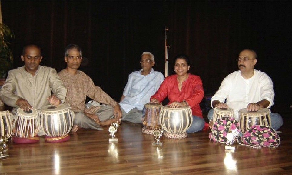 Tabala classes are taught at the Hindu Society of Central Florida in Casselberry, FL.